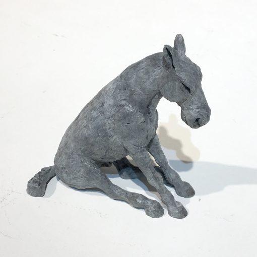 Sitting Horse_Miniature